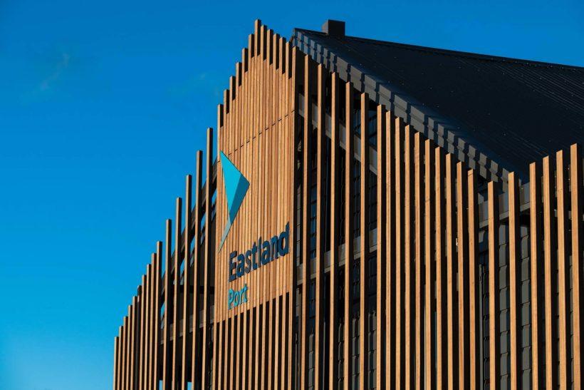 Eastland Port Offices - Vulcan Screening and Vulcan Decking - Abodo Wood