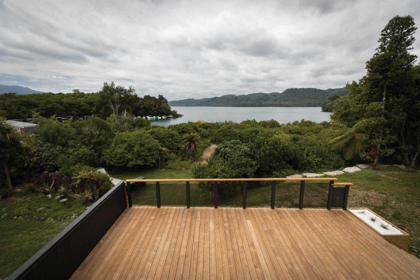 Lake Tarawera Holiday Home - Vulcan Decking - Abodo Wood