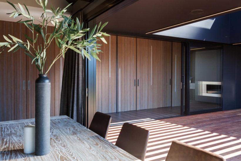 Rivercove Home - Vulcan Cladding & Screening - Abodo Wood