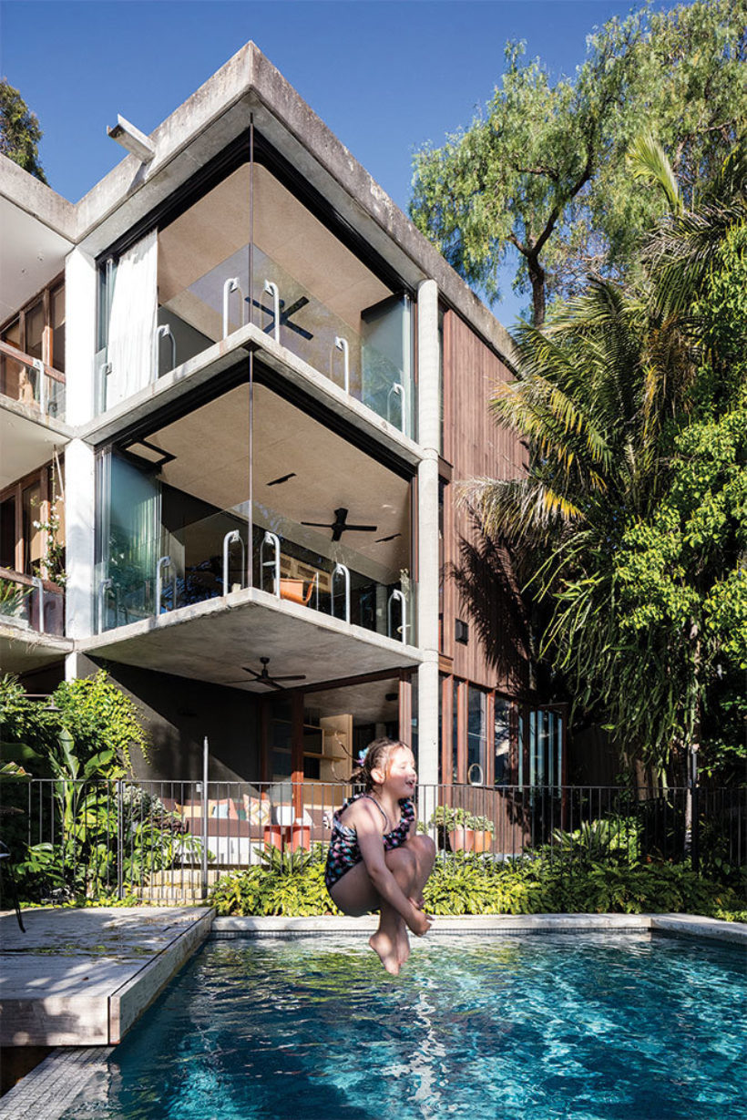 SRG House Vulcan Cladding and Vulcan Panelling Abodo Wood 10