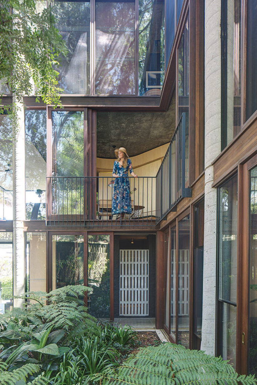 SRG House Vulcan Cladding and Vulcan Panelling Abodo Wood 7