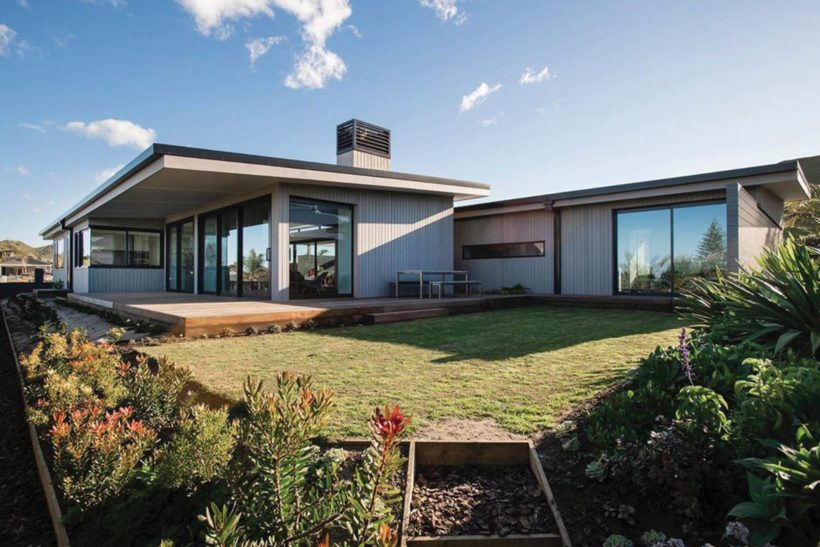 Silver House - Vulcan Cladding - Abodo Wood
