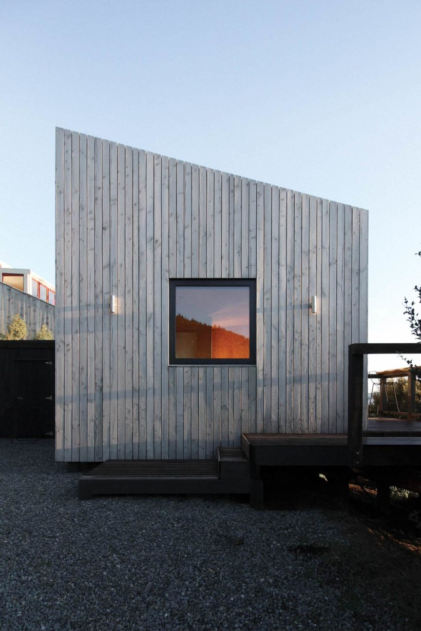 The Seagull Wing Cabin - Tundra Cladding in Sioox Finish - Abodo Wood