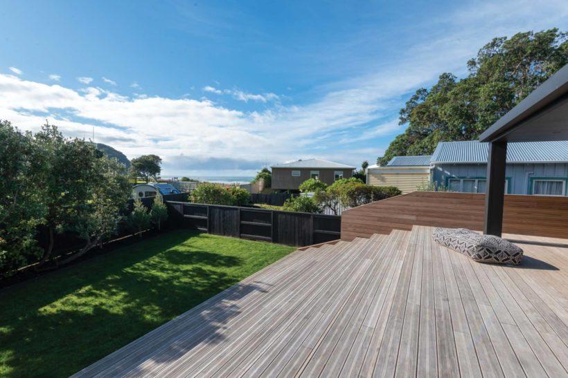 Waihi Beach House - Vulcan Decking and Rhombus Clip - Abodo Wood